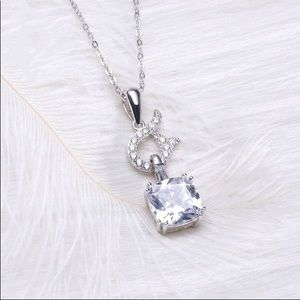 Brilliantly Sterling Silver Pendant & Necklace